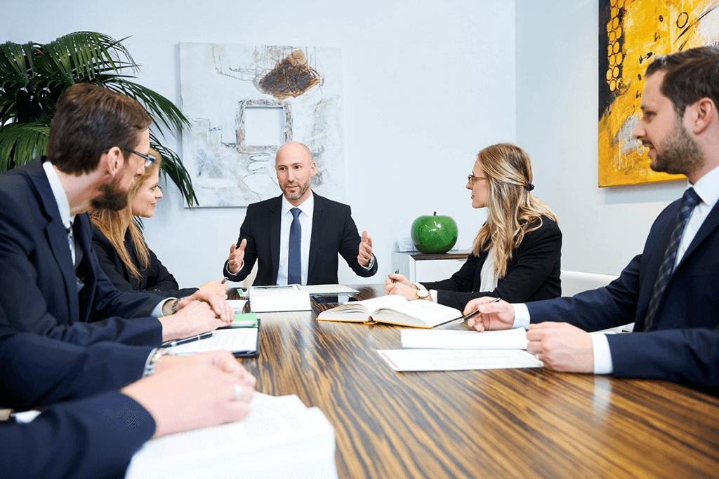 Scheidungsanwalt in Vorarlberg -  Pichler Rechtsanwalt GmbH - rechtsanwalt-pichler-dornbirn-leistungen-opt Home